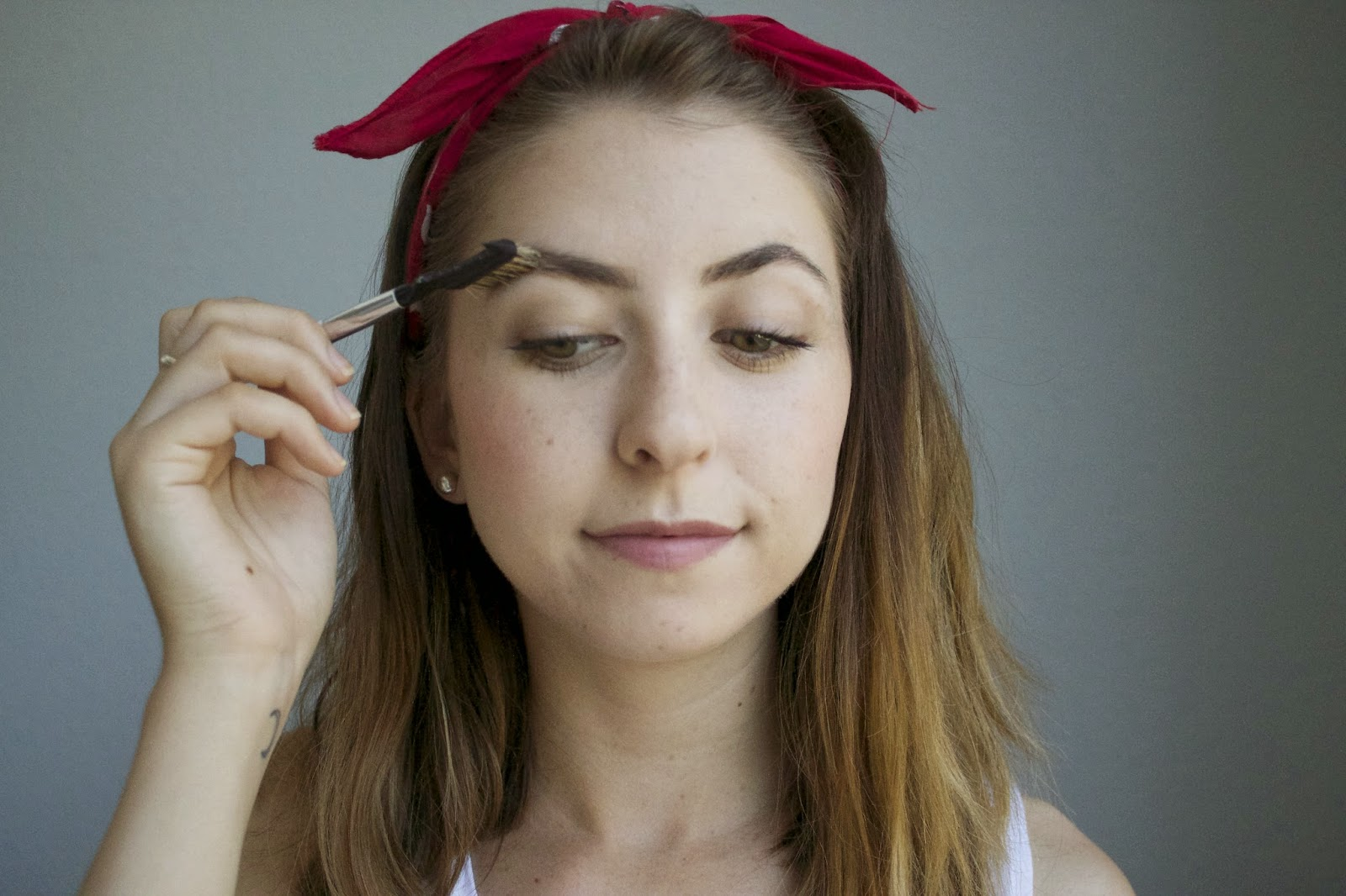how to make my eyebrows look nice
